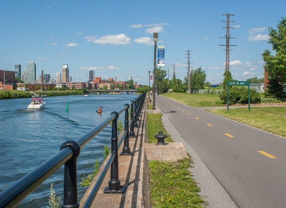 Cycling path Canal Lachine